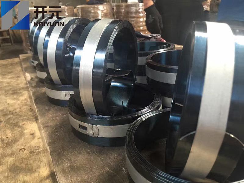 热处理钢带厂家谈提高产品成材率的措施
