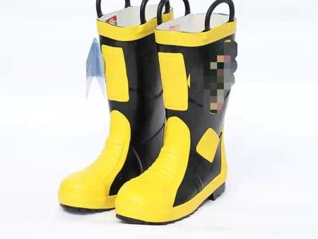 灭火防护靴